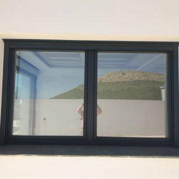 Instalación de Ventana Practicable en vivienda unifamiliar