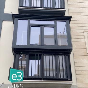 Cierre malagueño con ventanas de PVC de alta eficiencia